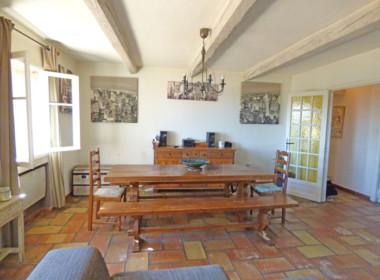 grimaud-appartement-au-coeur-du-village-200318-182027p1100513