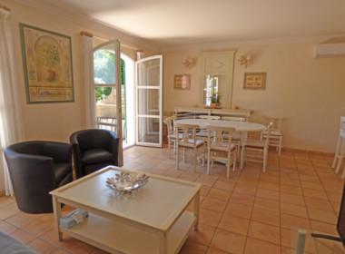 grimaud-maison-mitoyenne-residence-gardee-piscine-tennis-140618-162633p1100901