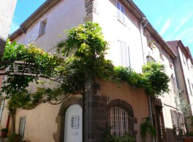 grimaudauthentiquemaisondevillageavecterrasse-231112-1750421facade34