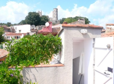 grimaudauthentiquemaisondevillageavecterrasse-231112-1750424chateau837
